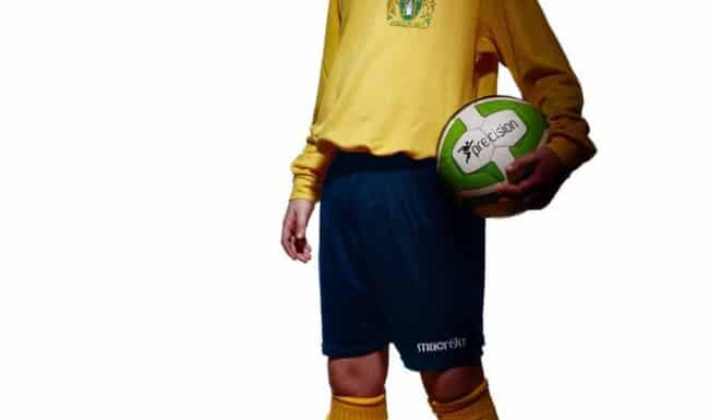 Yeovil-town-fc-community-trust-kits-yellow-photographer-somerset