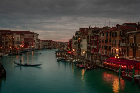 Tourism-photography-grande-canal-night-venice